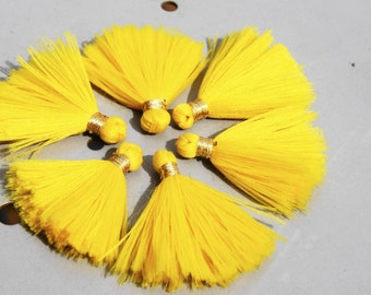 lot of 10 small Pompom polyester 100% homemade + -3 CM colours yellow tassel