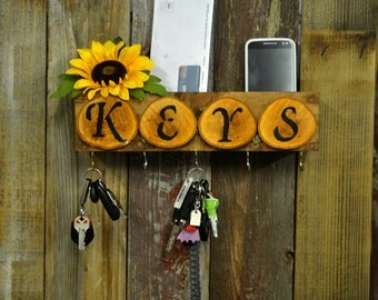 key holder, wood key holder, wall-mounted key holder, key holder for the home, key storage holder, wooden wall key organizer, key organizer