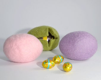 Easter Egg Cosy Set - Three wool felt fillable eggs,  Easter egg hunt, Easter decorations, Easter basket filler