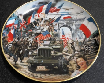 "Collectible china plate Franklin Mint Heirloom ""The liberation of Paris"", WW2 plate, wall plate, decorative plaque"