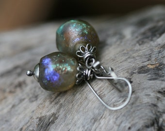 Rustic Jewelry earrings a.19 - Shimmering Basha Bead. Boho. Sterling Silver Jewelry . Labradorite Colors . Fine Jewelry . Bohemian Jewelry