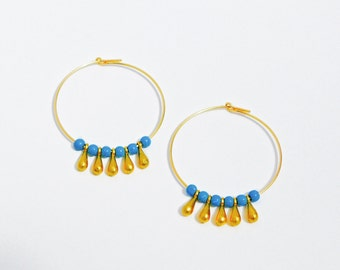 SALES : -30% Gold and turquoise hoops, turquoise beads and gold drops, boho earrings, gemstone hoops