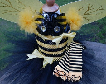 Girls Bumble bee Tutu Dress; Girls Bee halloween Costume; Bumble bee Birthday outfit; Cute girl's Halloween Costume; Yellow Black Tutu Set