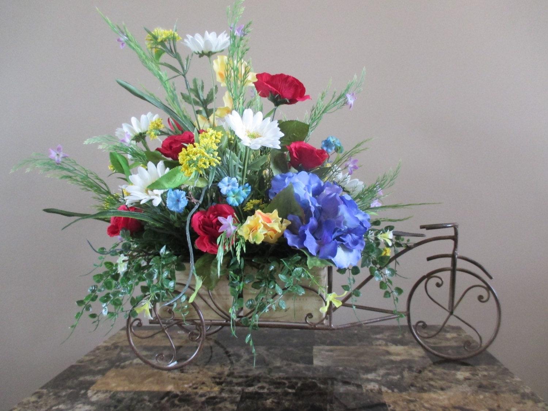 Silk flowers for the home flower arrangement