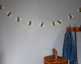 paper bee garland