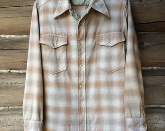 Tan Pendleton Wool Shirt Size Medium