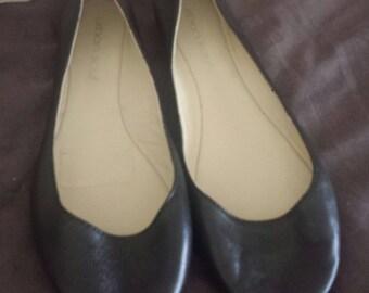 Urban Sole unworn classic leather ballet flats. 36