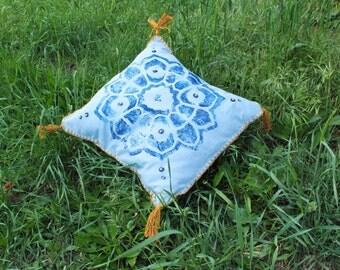 Double blue. Heart chakra mandala pillow cover