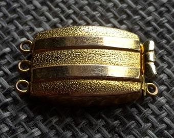 Beautiful quality art deco 9ct gold necklace clasp