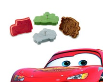 4x Cars Cookie Cutters Biscuit Mold Fondant Cake Topper Cookie Plunger Edible Cars Lightning McQueen