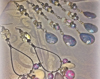 Pretty pearls of marbled pastels jewelry set