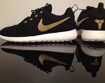 Items Similar To Restocked Sizes Nike Roshe Run Black