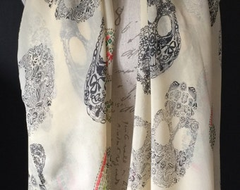Sugar skull scarf single piece cream