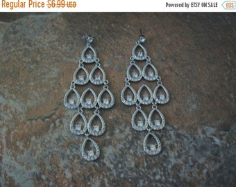 ON SALE Vintage Silver Tone Rhinestones Filigree Earrings 1559