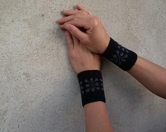 Wrist warmers - black