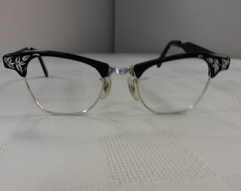 1950s Black and Silver Cateye Eyeglasses Frame; ArtCraft; Very Nice Rx-able Condition; No Lenses; Authentic Vintage Hipster