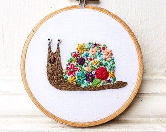 Floral Snail - Embroidery Hoop Art - Embroidery Wall Hanging