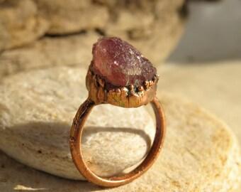 Rough tourmaline ring | Pink tourmaline electroformed ring | Rough pink tourmaline copper ring | Tourmaline ring