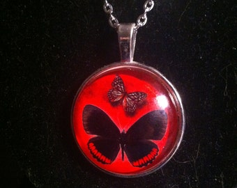 Butterfly cabochon necklace