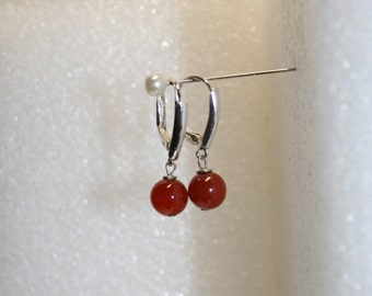 Carnelian and sterling silver earrings; vintage carnelian earrings; lever back sterling silver earrings; carnelian drops