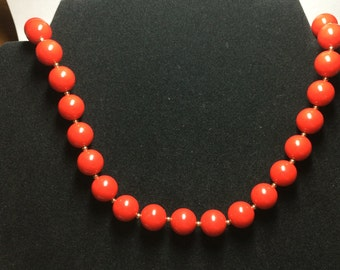 Vintage Red Bead Necklace 9404