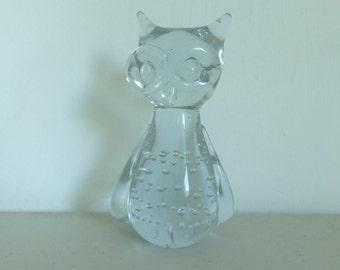 Vintage 90s Glass Owl, Clear Glass Owl, Owl Decor, Owl Paperweight, Owl Desk Decor, Owl Lover Decor, Glass Bird, Owl Figurine , Owl Statue