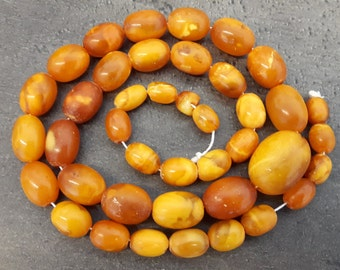 """Natural / real Baltic Butterscotch Amber Beads Necklace 24"""" 49g, Old Antique Art Deco, 1920-1930."""