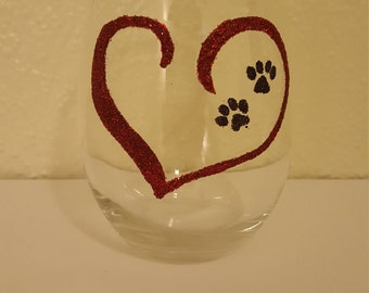 Paw prints on the heart