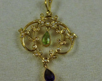 Antique Victorian Suffragette 15ct Pendant