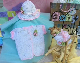 Crochet Baby Sweater and booties