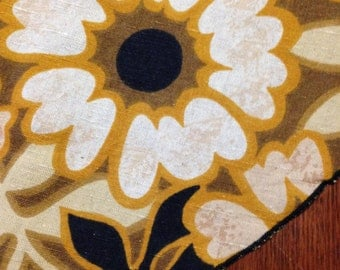 Vintage Tablecloth / cotton / 60's floral/ tan / mustard / brown / cream / white/  black/ oval
