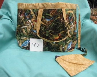 tote made with fabric scenes of different birds