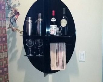 Hanging wine shelf