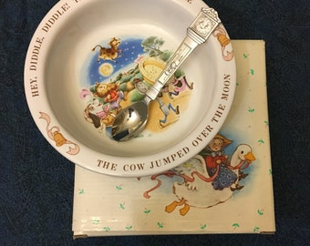 Avon Baby Keepsake Spoon and Bowl Set, Hey Diddle Diddle, The Cat and The Fiddle, 1984