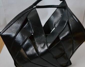 Vintage Black Purse Handbag Top Handle bag by In Vogue