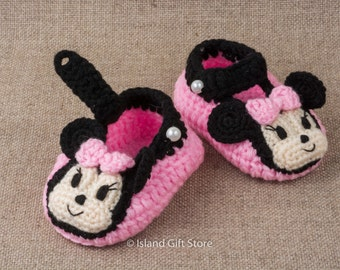 Crochet baby shoes, Baby shoes, Newborn baby shoes, Crib shoes, Baby girl shoes, Baby gift