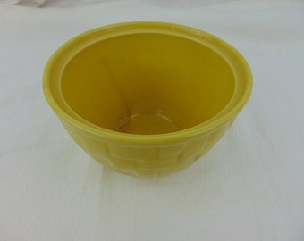 1950's Yellow Shawnee Pottery 'Woven' Pattern Bowl-Vintage-Collectible-Decorum-Usable