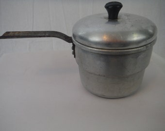 1950's Wearever Cooking Pot-Camping-Hiking-Vintage-Collectible-Usable