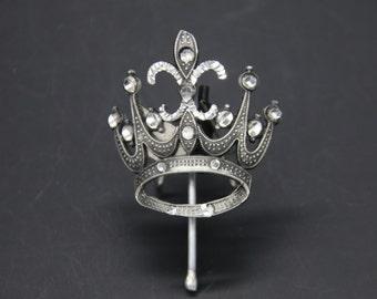 Medium Crown