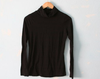 Old Navy vintage 90s thin long sleeve black turtleneck women's size small