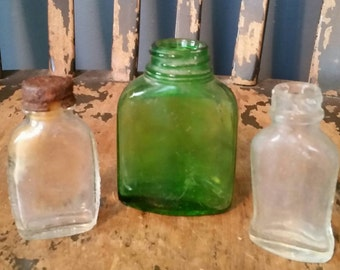 Vintage Medicine Bottles/2 Bayer Aspirin/1 Green Glass Bottle/Bottles for Repurpose/Apothecary Jars/Collectible Bottles/Upcycle Project