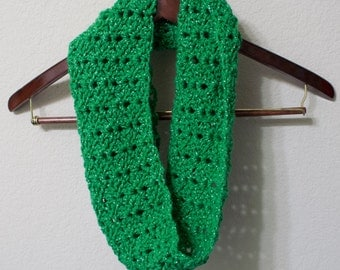 Green Christmas Cowl, Scarf, Infinity Scarf