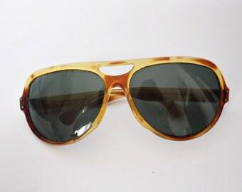 Vintage Sunglasses 1970s Oversized Mod Hippie Retro