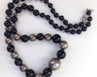 Stunning Vintage Sterling Silver Onyx Graded Bold Round Beads Necklace 79g