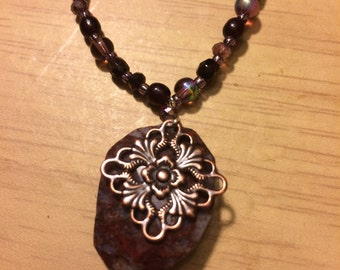 "23"" red/brown necklace with pendant"