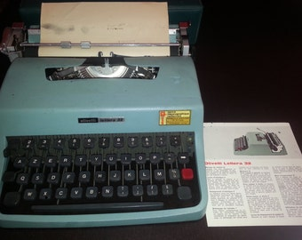 Model Lettera 32 Olivetti typewriter