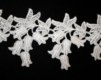 Floral Venise Lace in White Rayon