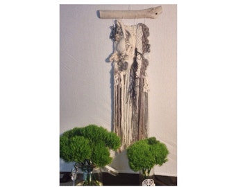 THE NEST Large Woven 28-inch Wallhanging