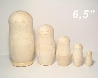 Set of Five Blank Nesting dolls, Unpainted Blank Matryoshka