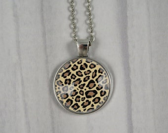 Leopard Print Pendant Necklace - Glass Cabochon - Pin Up, Rockabilly, Jewellery